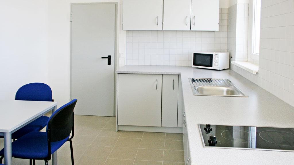 Einrichtung für Funktionsräume in Praxen und Büros