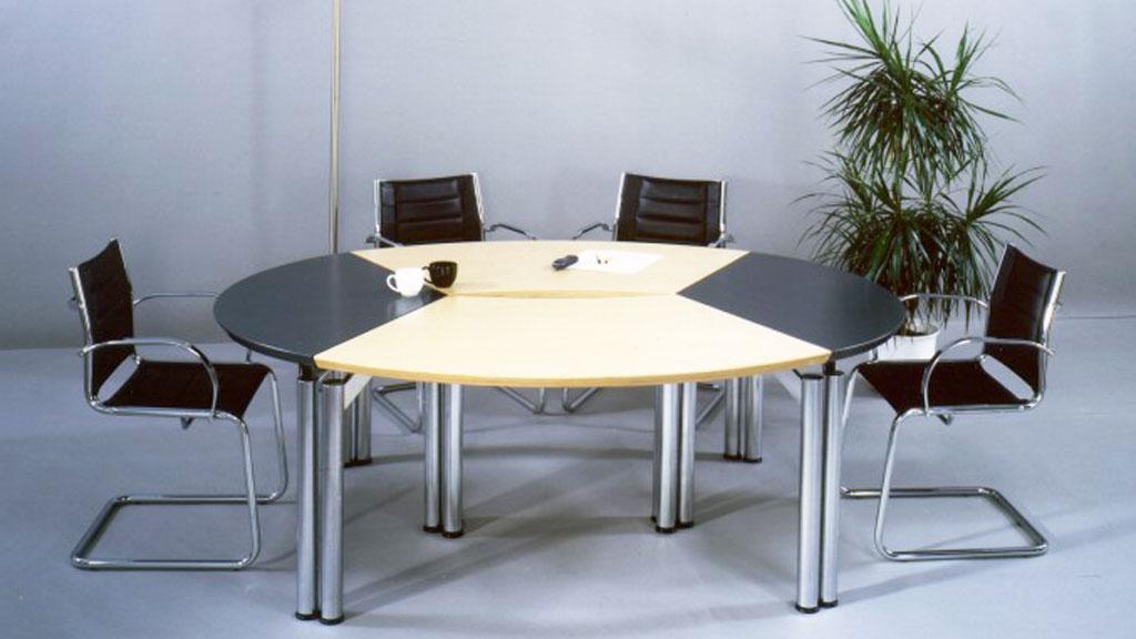 Möbel für Konferenzräume von Interhansa