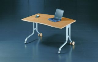 Schreibtisch rollbar